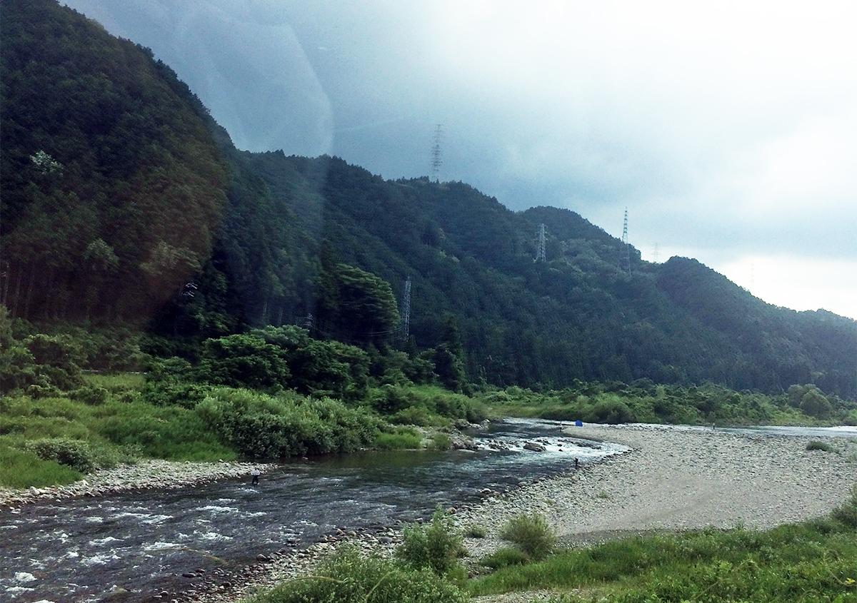 長良川と山が作る美濃の風景 | 美濃の楮 - 紙の余白 | 活版印刷研究所