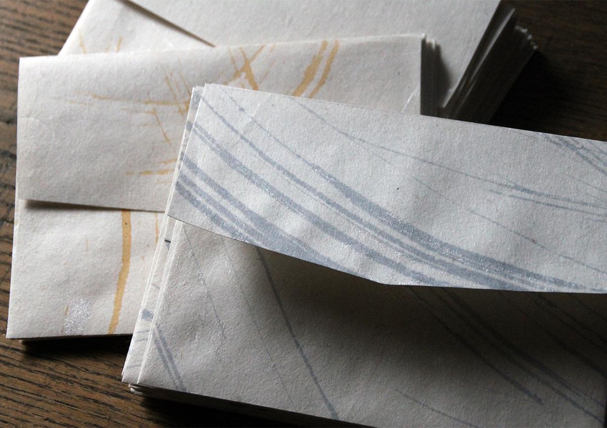 薬品漂白をしない内山紙もまた魅力的 | 内山紙を訪ねて - 紙の余白 | 活版印刷研究所
