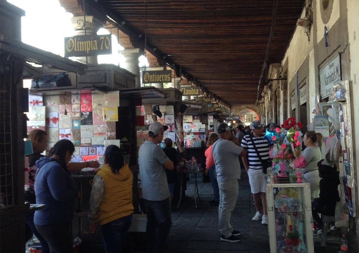 メヒコの新年と、メキシコシティの活版天国 - アミリョウコ | 活版印刷研究所