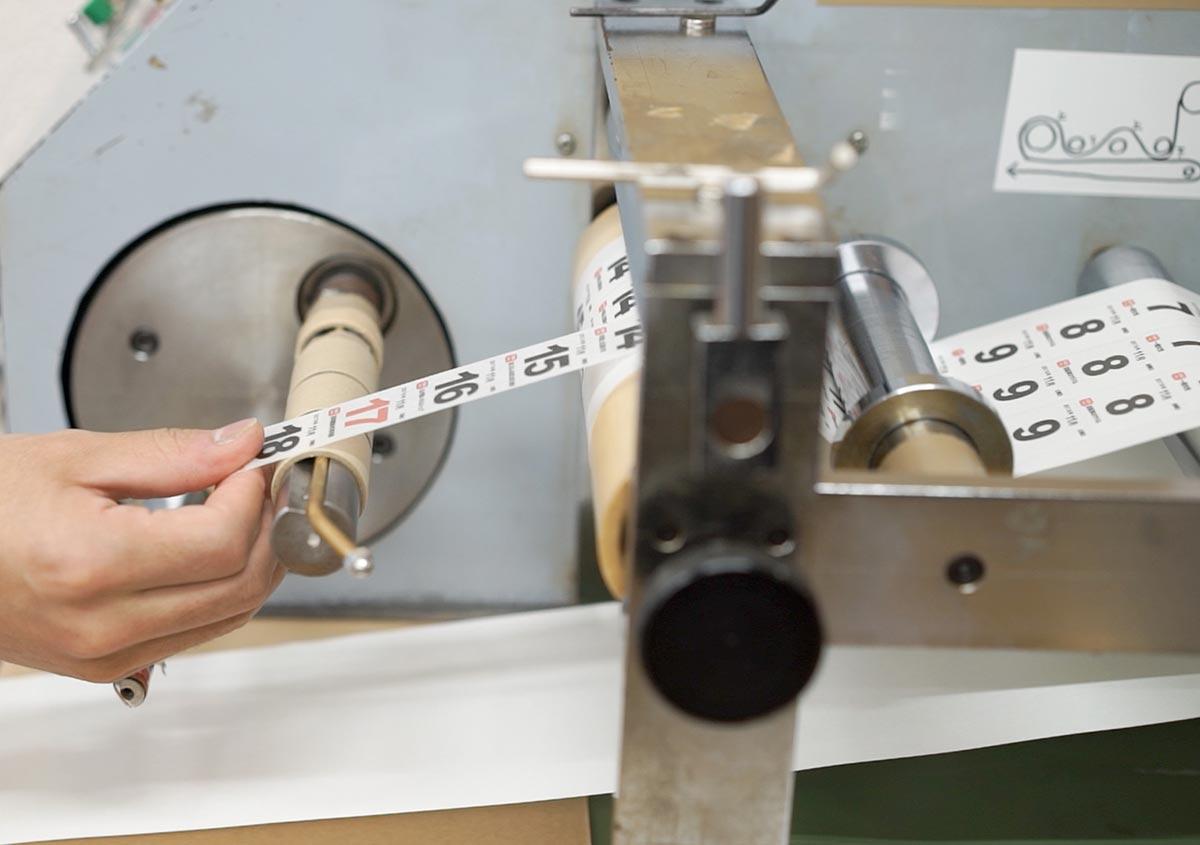 (写真3) | 全く新しい マスキングテープ の可能性 - 株式会社 オオウエ | 活版印刷研究所