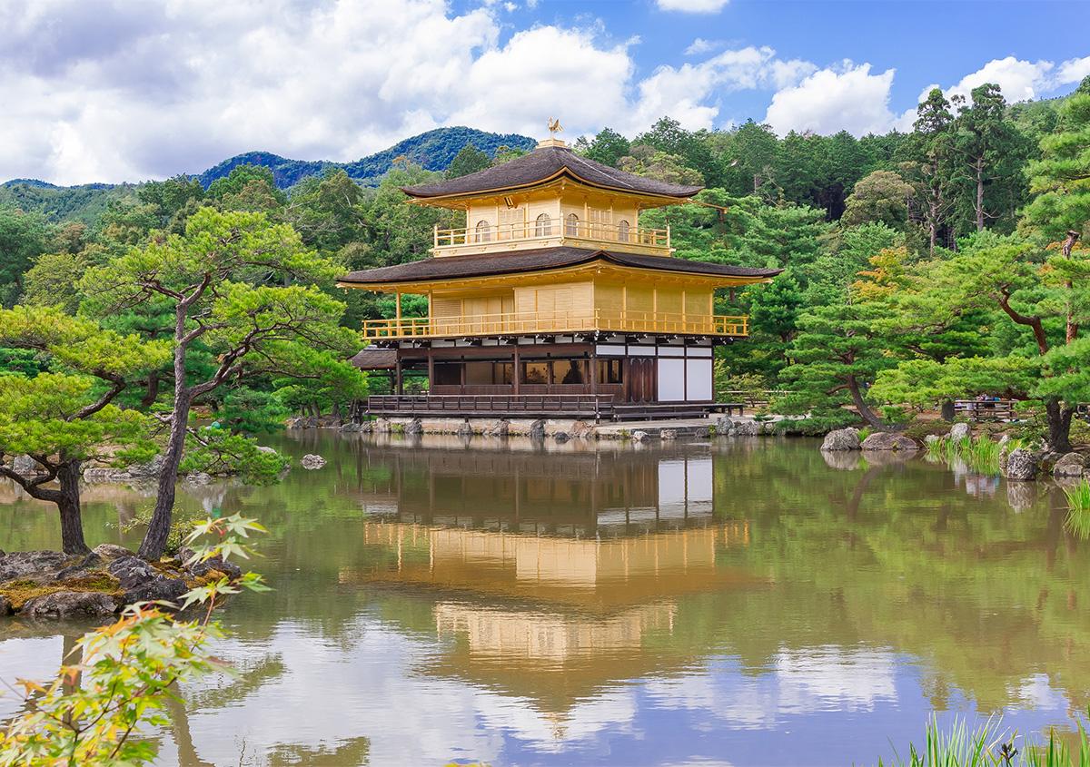 金閣寺 | 色がもたらす影響や意味合い「 金と銀 」 - 三星インキ株式会社 | 活版印刷研究所