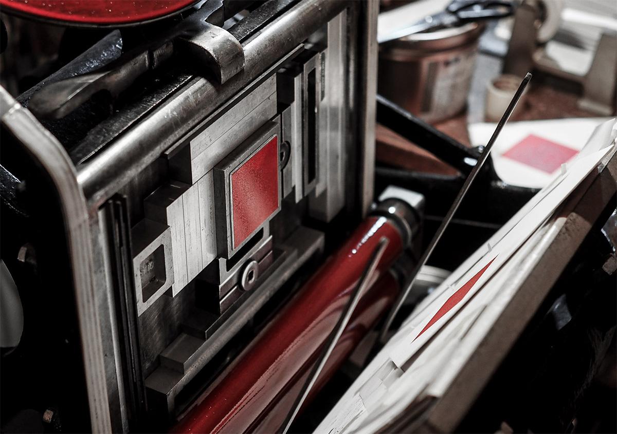 活版印刷の技術で、複製できない価値を生み出す── ALBATRO DESIGN