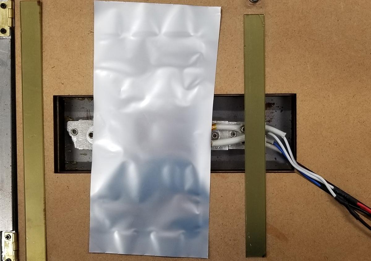 (写真6) | 活(い)きた版 「 一段止め箔版 その2 」 - (株)和光 | 活版印刷研究所