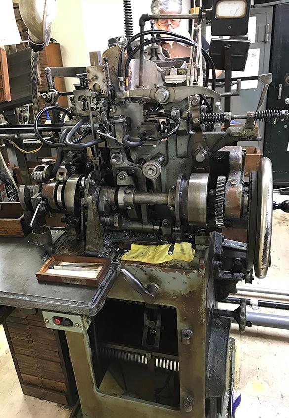 (写真10) | 築地活字で活字鋳造の現場を見学しました - 生田信一(ファーインク) | 活版印刷研究所