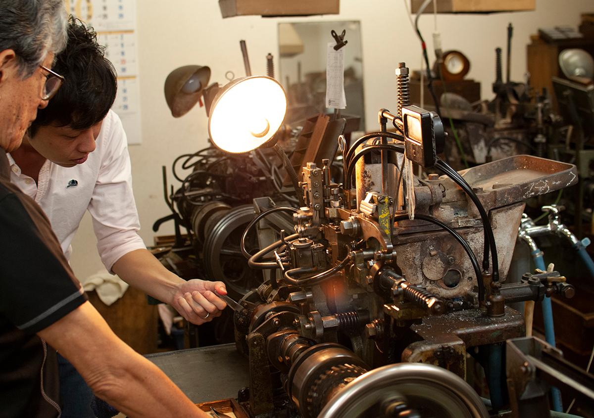 (写真21) | 築地活字で活字鋳造の現場を見学しました - 生田信一(ファーインク) | 活版印刷研究所