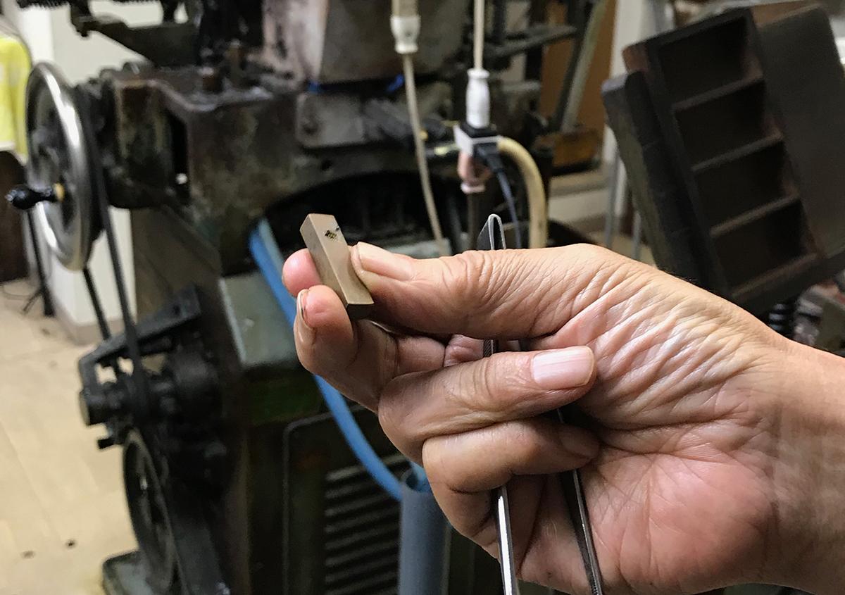 (写真22) | 築地活字で活字鋳造の現場を見学しました - 生田信一(ファーインク) | 活版印刷研究所