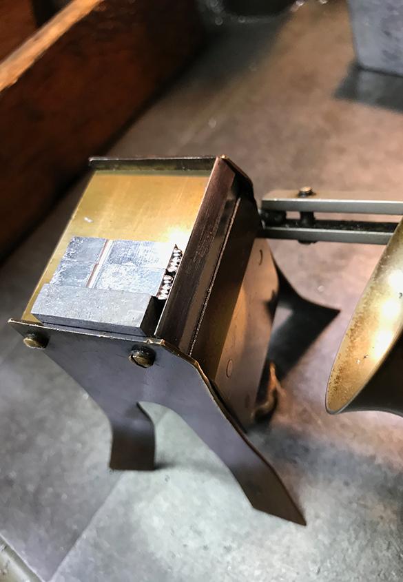 (写真26) | 築地活字で活字鋳造の現場を見学しました - 生田信一(ファーインク) | 活版印刷研究所