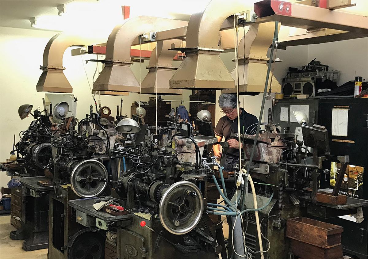 (写真8) | 築地活字で活字鋳造の現場を見学しました - 生田信一(ファーインク) | 活版印刷研究所