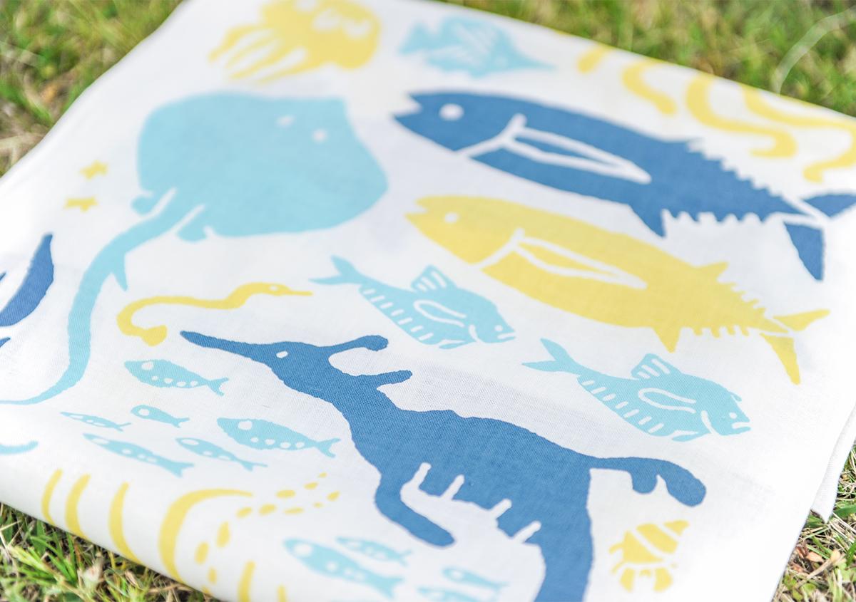 (写真39) | 葛西臨海水族園 開園30周年記念イベントで作られた 『特大!クロマグロ194mmシール』 - 生田信一(ファーインク) | 活版印刷研究所