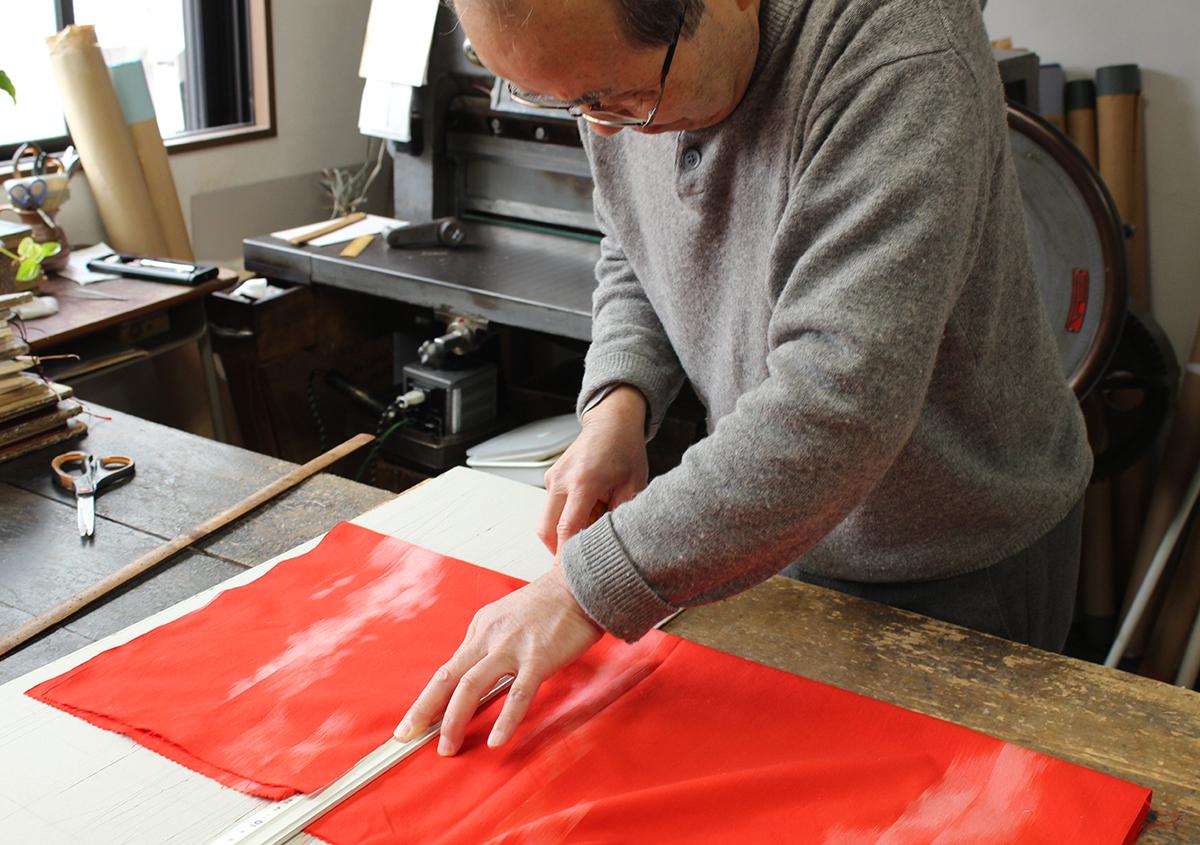 写真1 | 人々を惹きつけてやまない、手製本の工房 松田製本所 - 白須美紀 | 活版印刷研究所