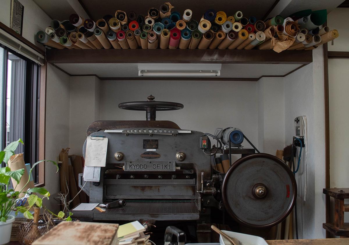 写真2 | 人々を惹きつけてやまない、手製本の工房 松田製本所 - 白須美紀 | 活版印刷研究所