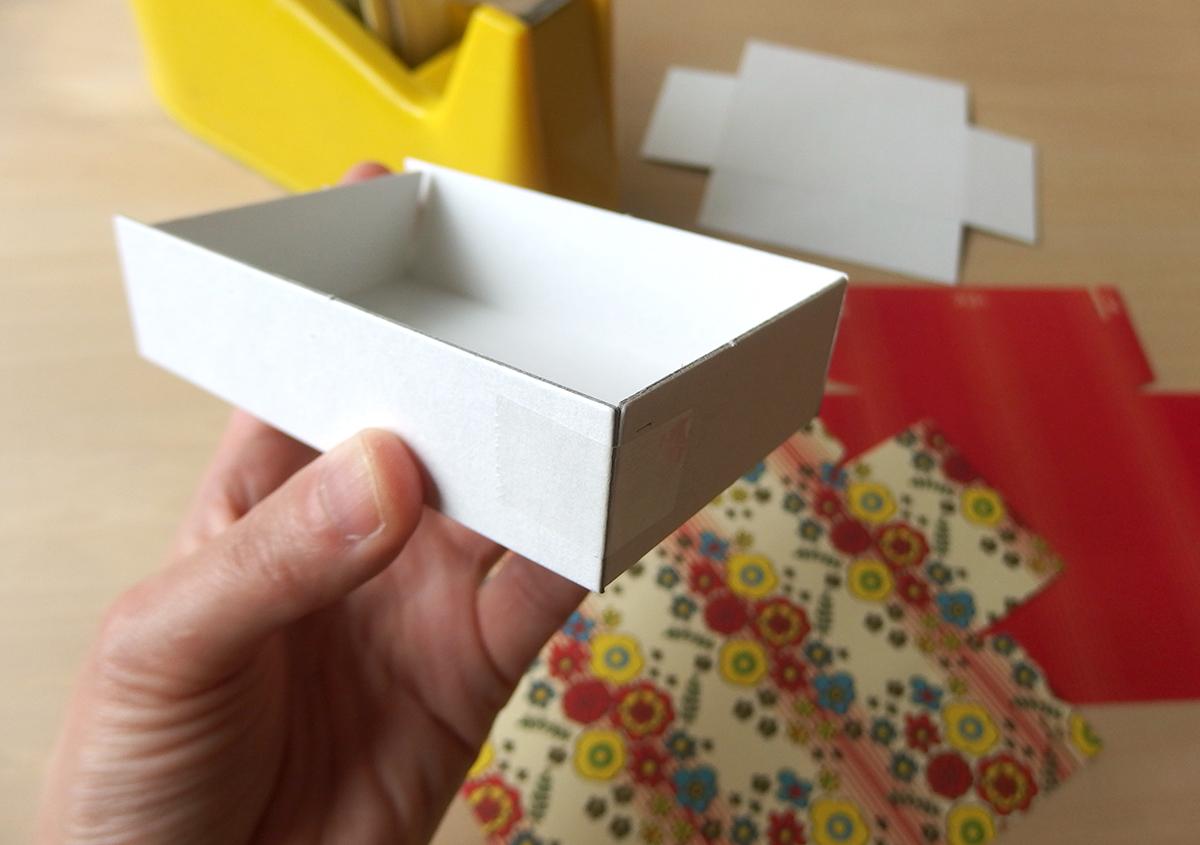 (写真13) | レトロでかわいい「紙ナプキンメモ」 が発売 - 生田信一(ファーインク) | 活版印刷研究所