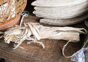 写真2 | ミャンマーの紙漉 - 白石奈都子 | 活版印刷研究所