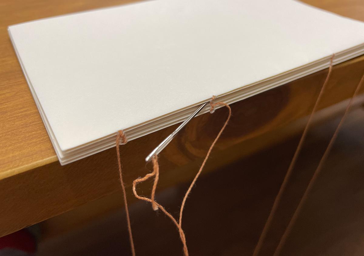 (写真4) | これも綴葉装、あれも綴葉装、たぶん綴葉装、きっと綴葉装。 - 京都大学図書館資料保存ワークショップ | 活版印刷研究所