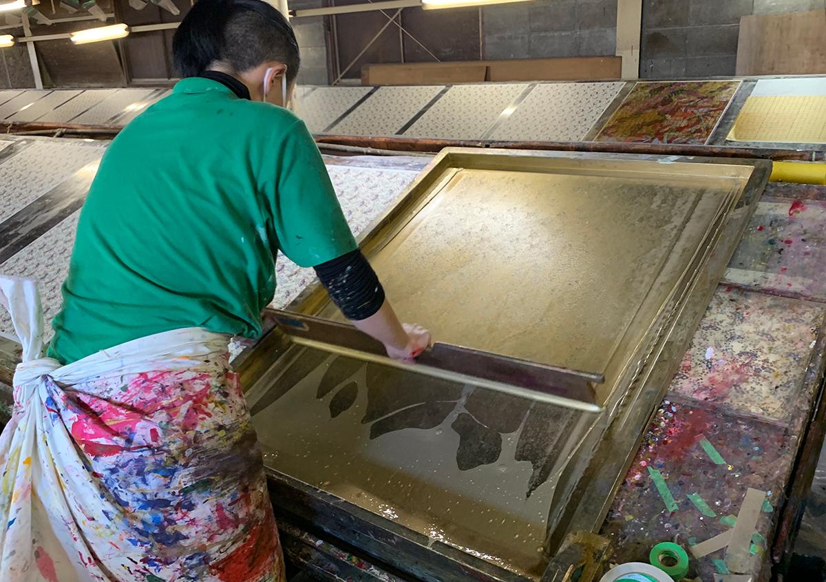(写真2) | 手染め友禅紙の魅力を伝えるために RE:KAO - 白須美紀 | 活版印刷研究所