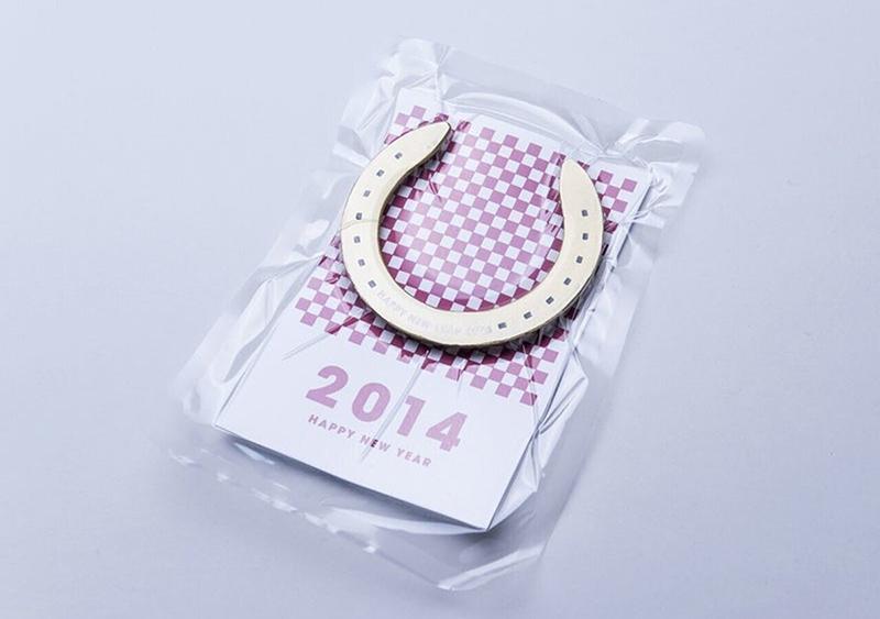 (写真1) | NECKTIE design office 千星健夫さんが作るクリエイティブな年賀状(前編) - 生田信一(ファーインク) | 活版印刷研究所