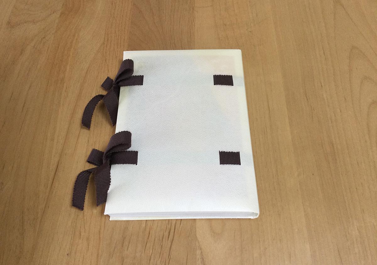 (写真6) | 羊皮紙でブックカバーを作る体験をしました。 - 京都大学図書館資料保存ワークショップ | 活版印刷研究所